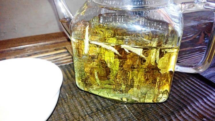 Два белых чая из коллекции чайного клуба