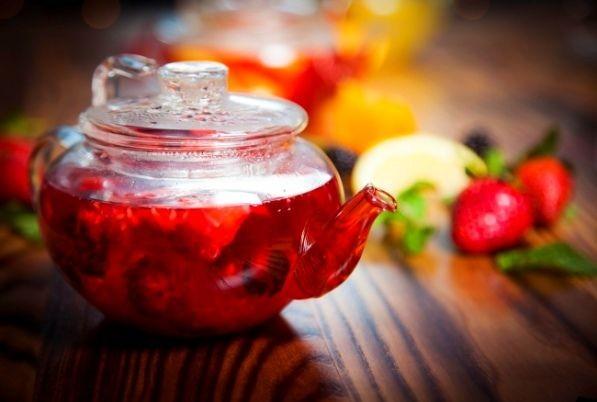 «Чай» из трав и сушёных фруктов.
