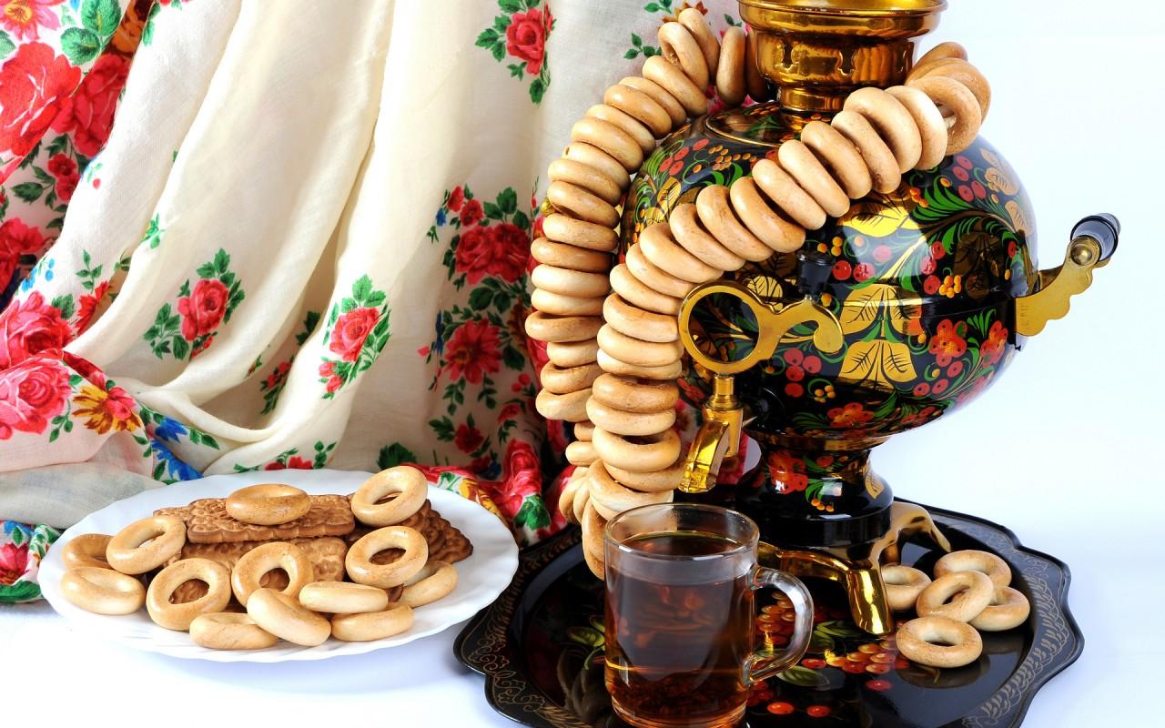 Сопутствующее потребление: сахар, пряники, баранки, конфеты…